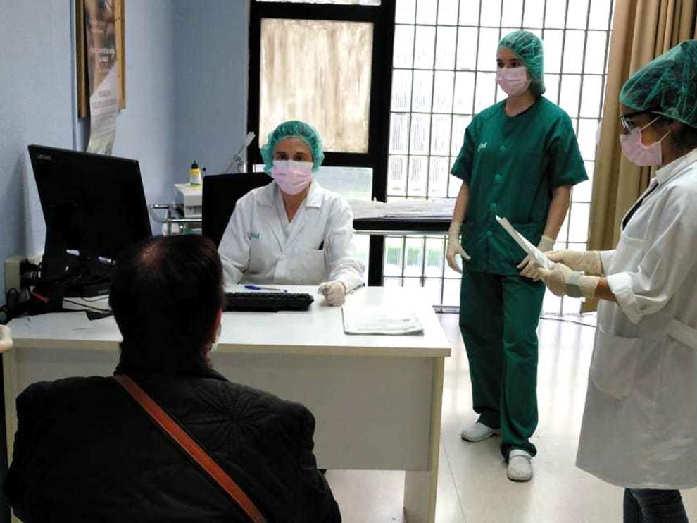Los sindicatos médicos de atención primaria piden una reunión urgente