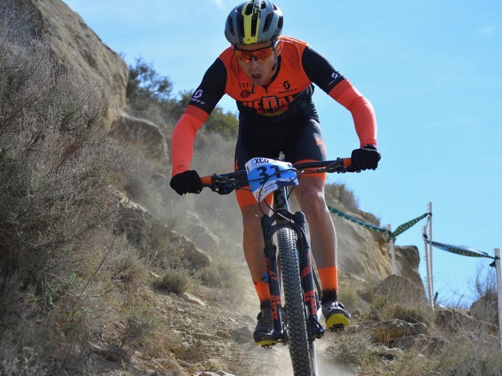 La montaña, inaccesible y el ciclismo, liberado