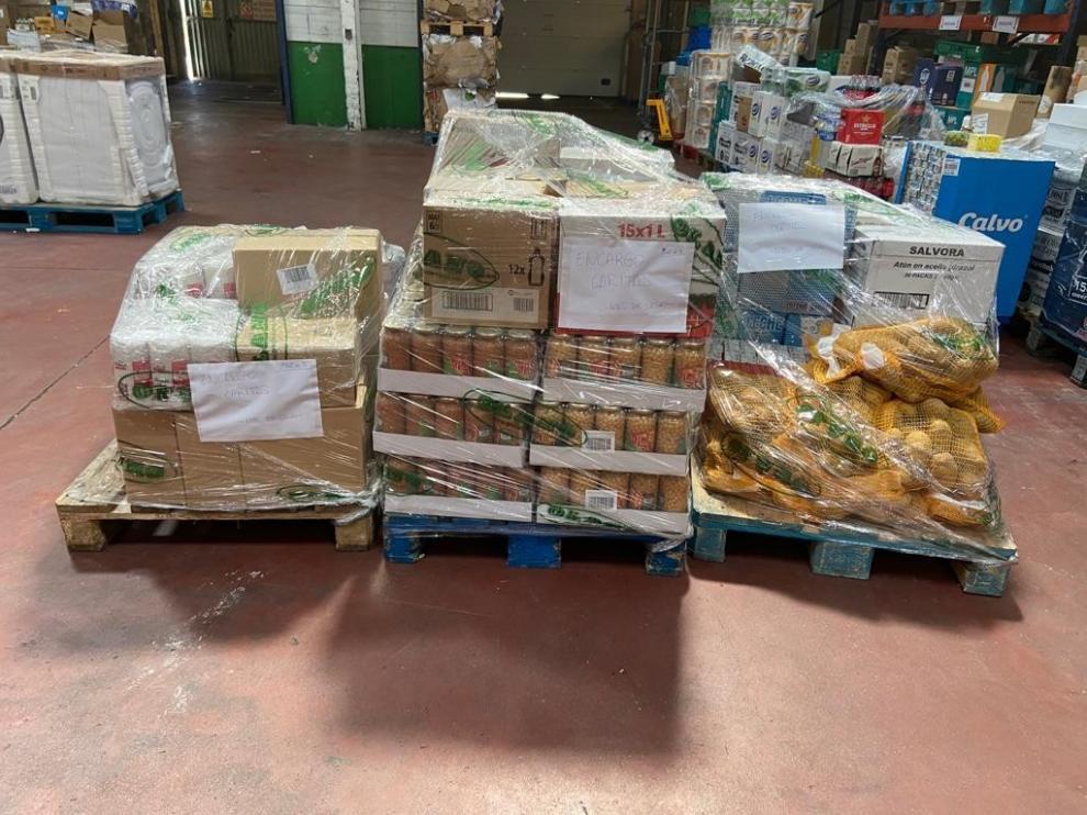 La Asociación Amas de Casa de Somontano dona a Cáritas un lote de alimentos