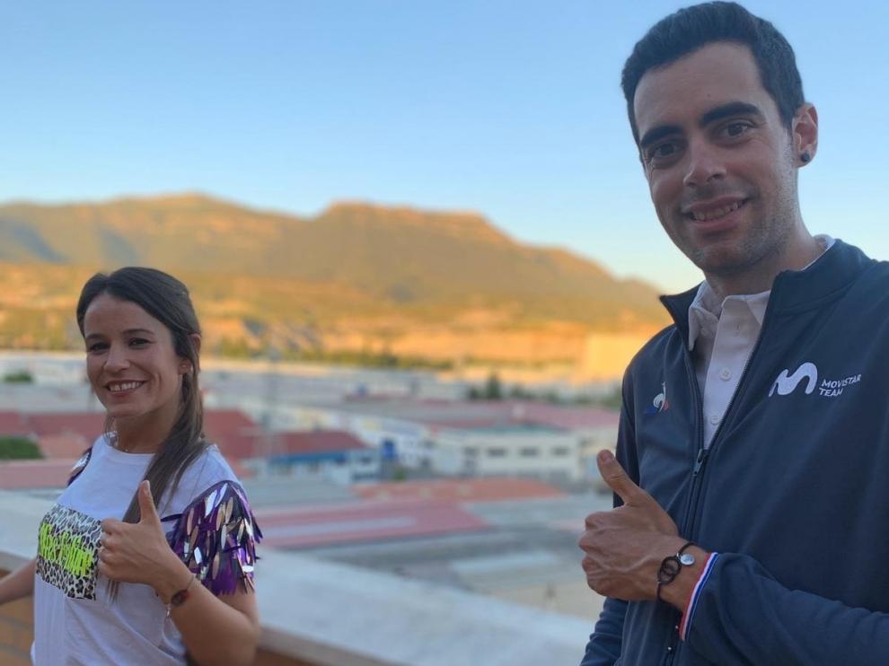 Diseño y deporte crean unas pulseras solidarias en Sabiñánigo