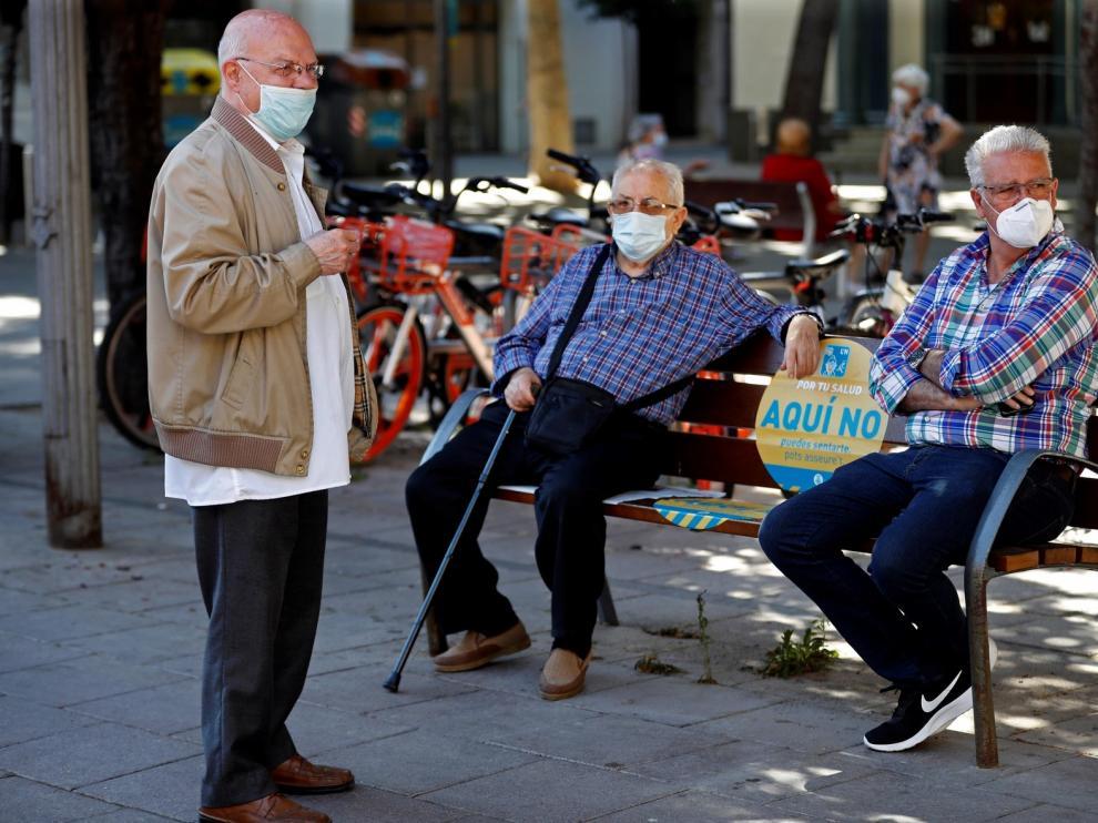 Familiares denuncian a residencia de Barcelona por 5 homicidios imprudentes