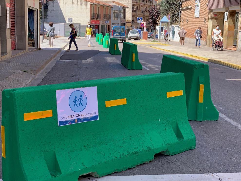 El Ayuntamiento de Monzón acota tres zonas más para peatones y bicis