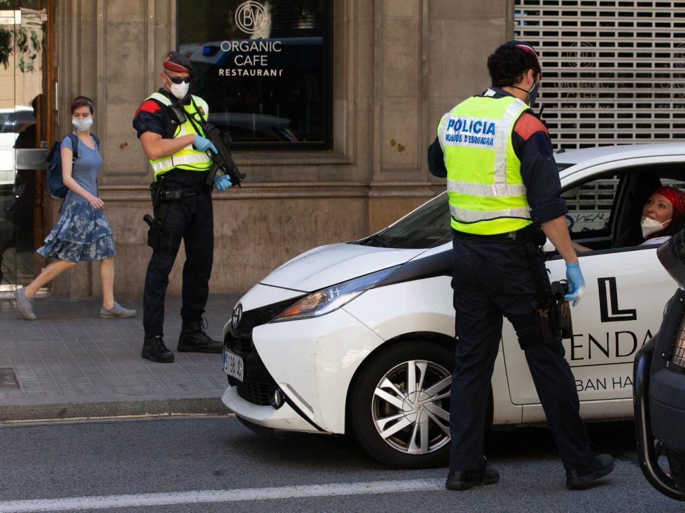 El Gobierno de Cataluña amplía las restricciones por el covid a tres municipios de Gerona