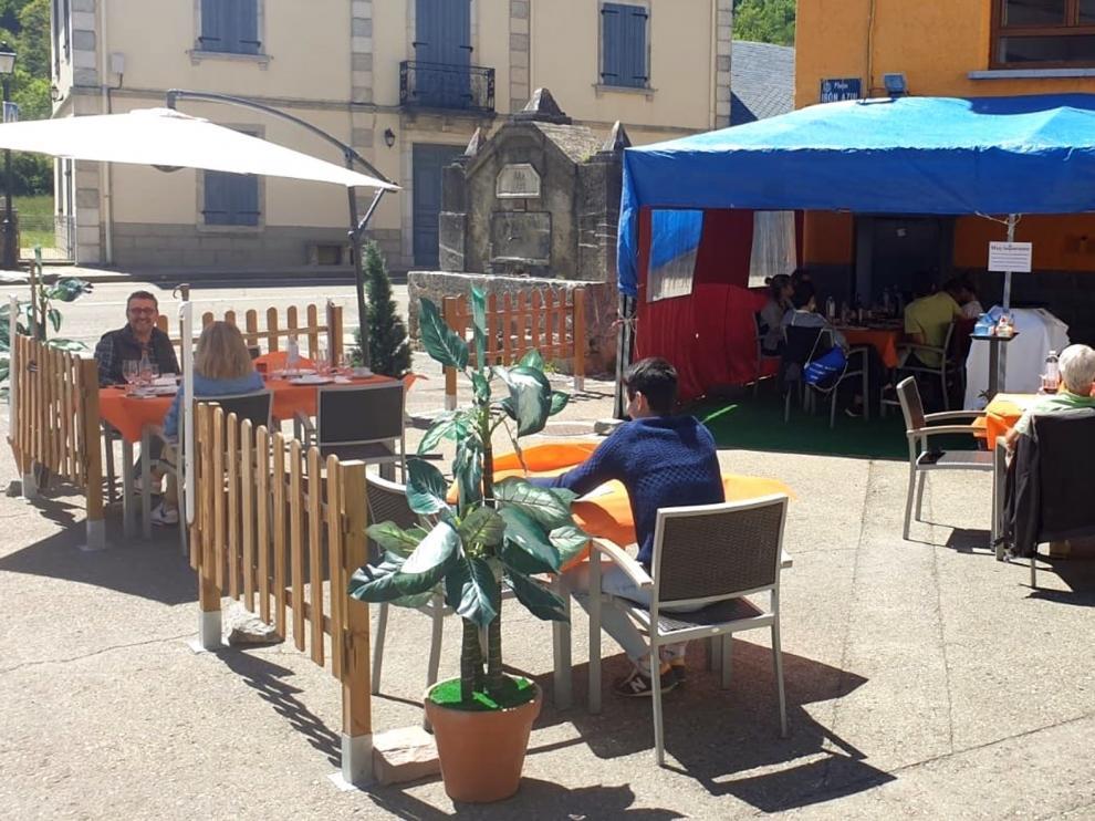 El Alto Aragón recibe la noticia de reapertura al turismo de Sánchez con esperanza de salvar el verano