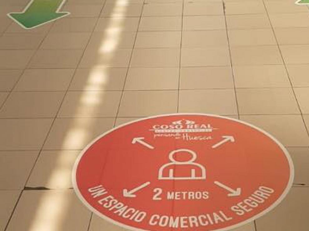 """Día 1 de la """"nueva normalidad"""" para los centros comerciales"""