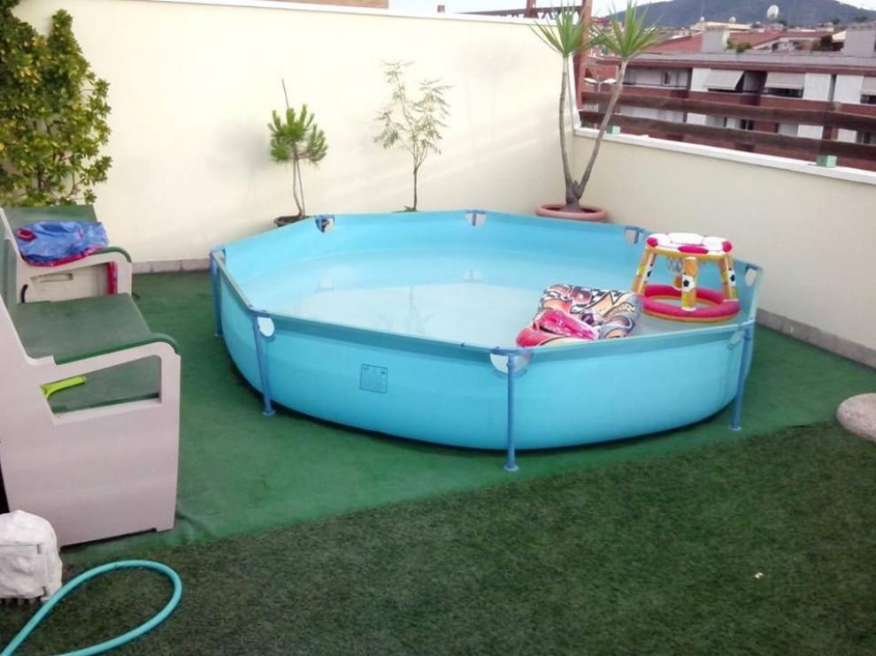 Advierten del riesgo que supone instalar una piscina prefabricada en una terraza o balcón