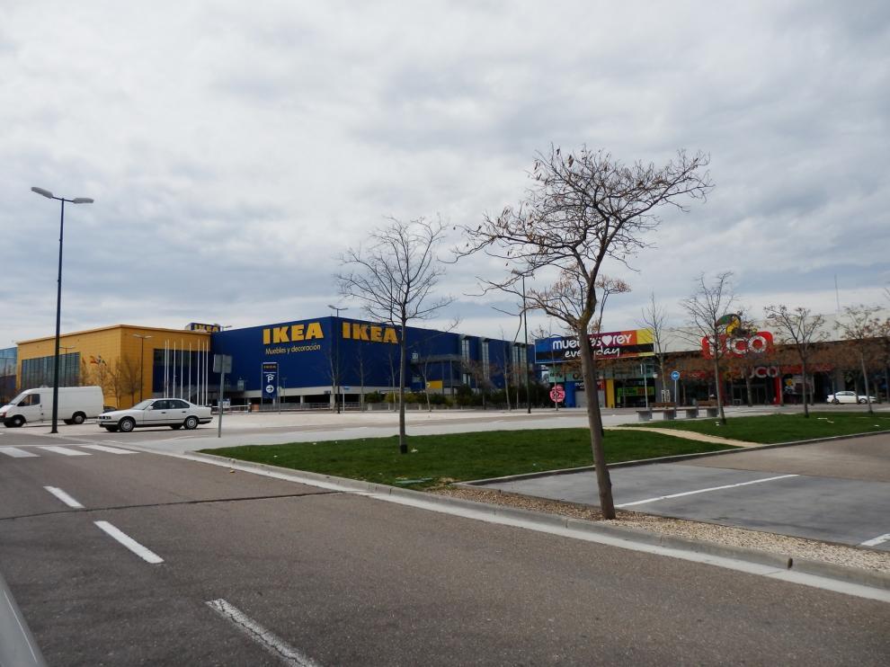 Ikea reabre en Zaragoza con aforo restringido y el 100 % de la plantilla