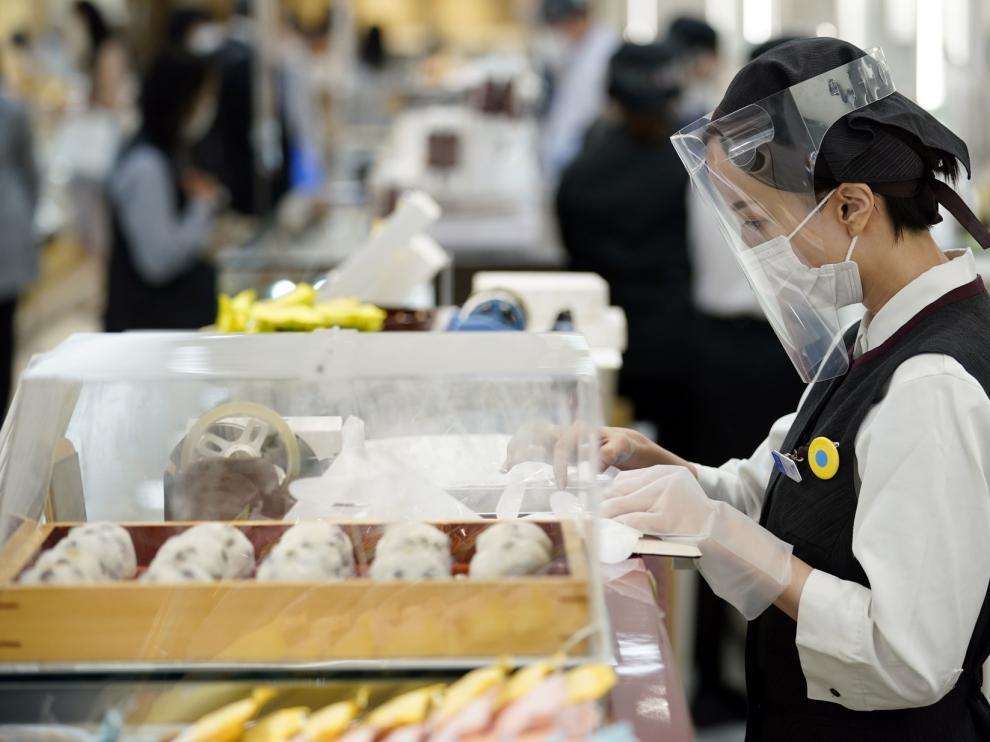 """Terminada la alerta sanitaria, Japón entra en un """"nuevo estilo de vida"""""""