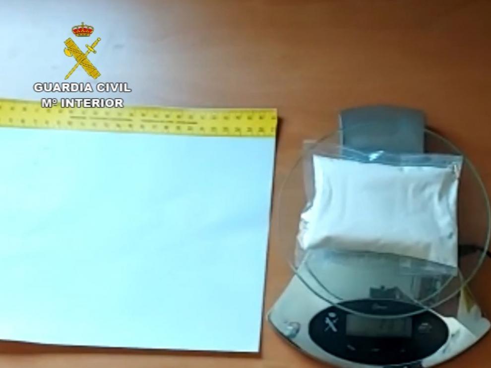 Detenido en Ayerbe un hombre con más de cien gramos de Anfetamina