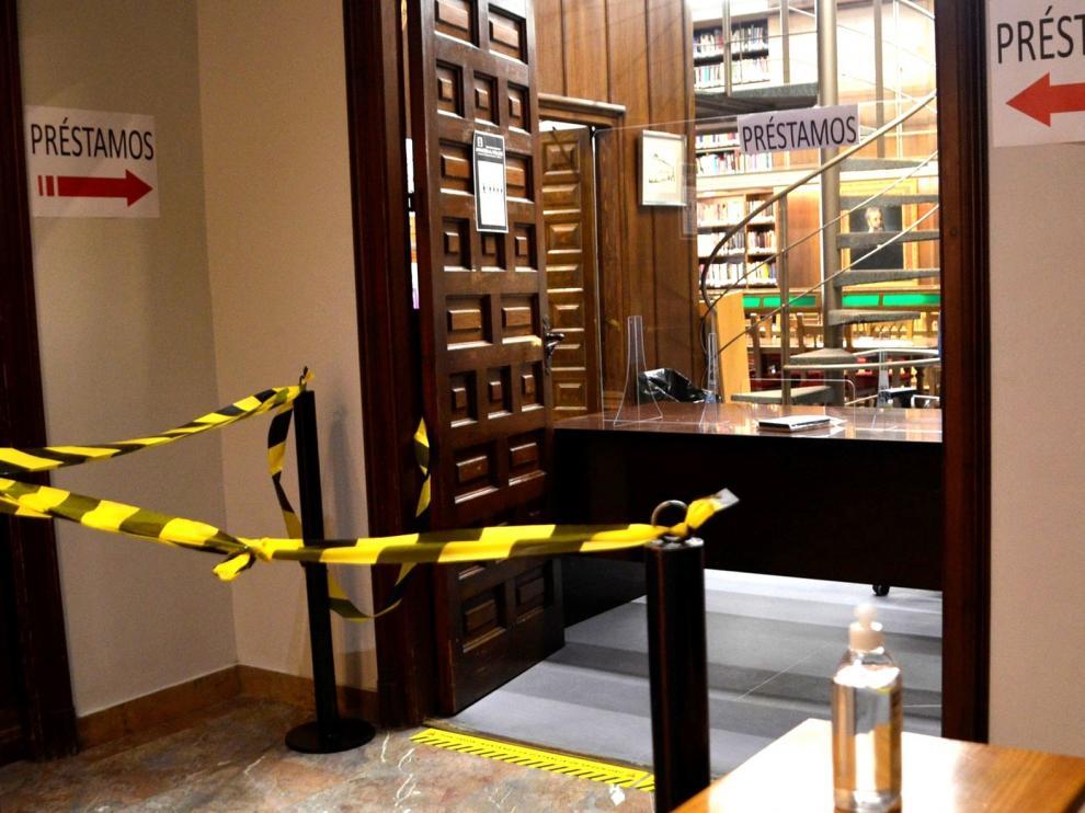 La Biblioteca Hermanos Argensola vuelve poco a poco a la normalidad