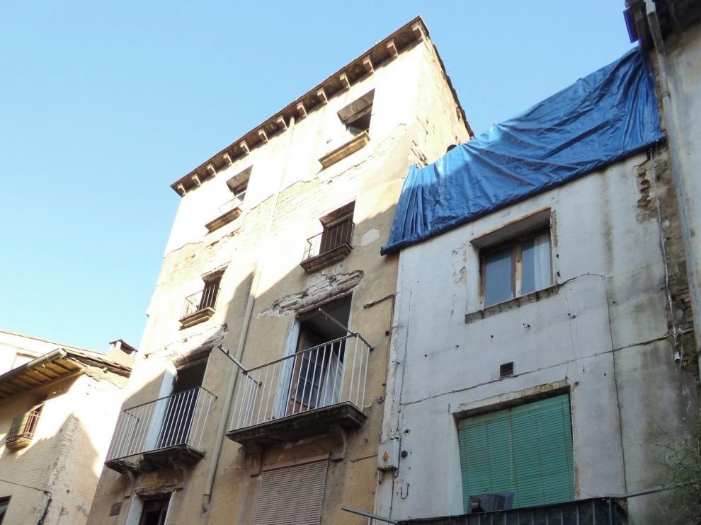 Demolerán otras tres casas de Barbastro en estado de ruina