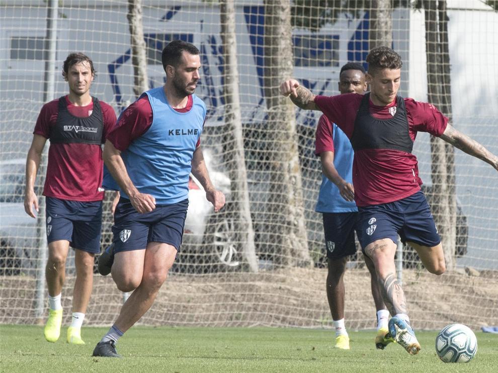 Suma y sigue del Huesca con los entrenamientos