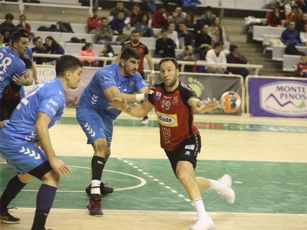 Tioumentsev renueva con el Bada Huesca