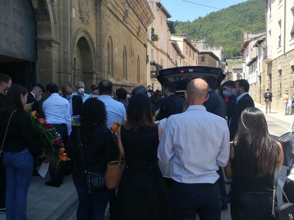 El aplauso emotivo al servicio a la humanidad de Manuel Sarasa