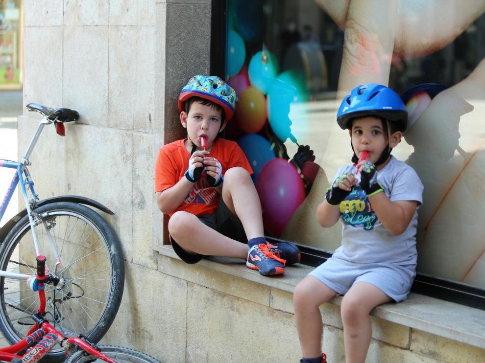 Día del juego en la calle en Huesca, al aire libre pero con distancias
