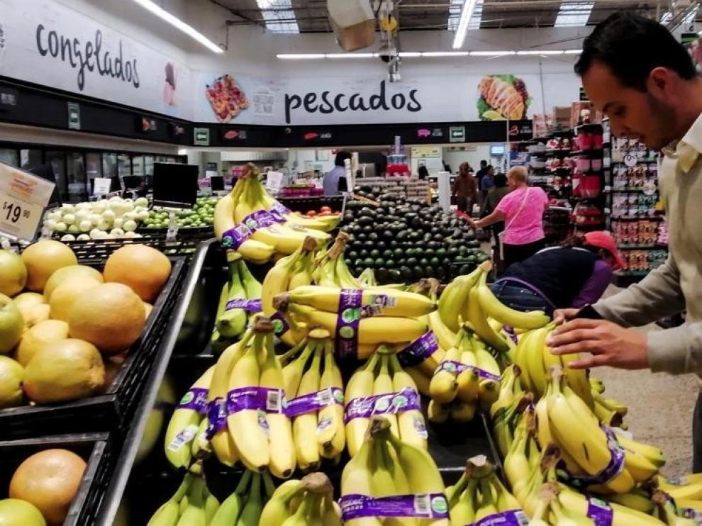Caída histórica del 31,5 % del comercio minorista