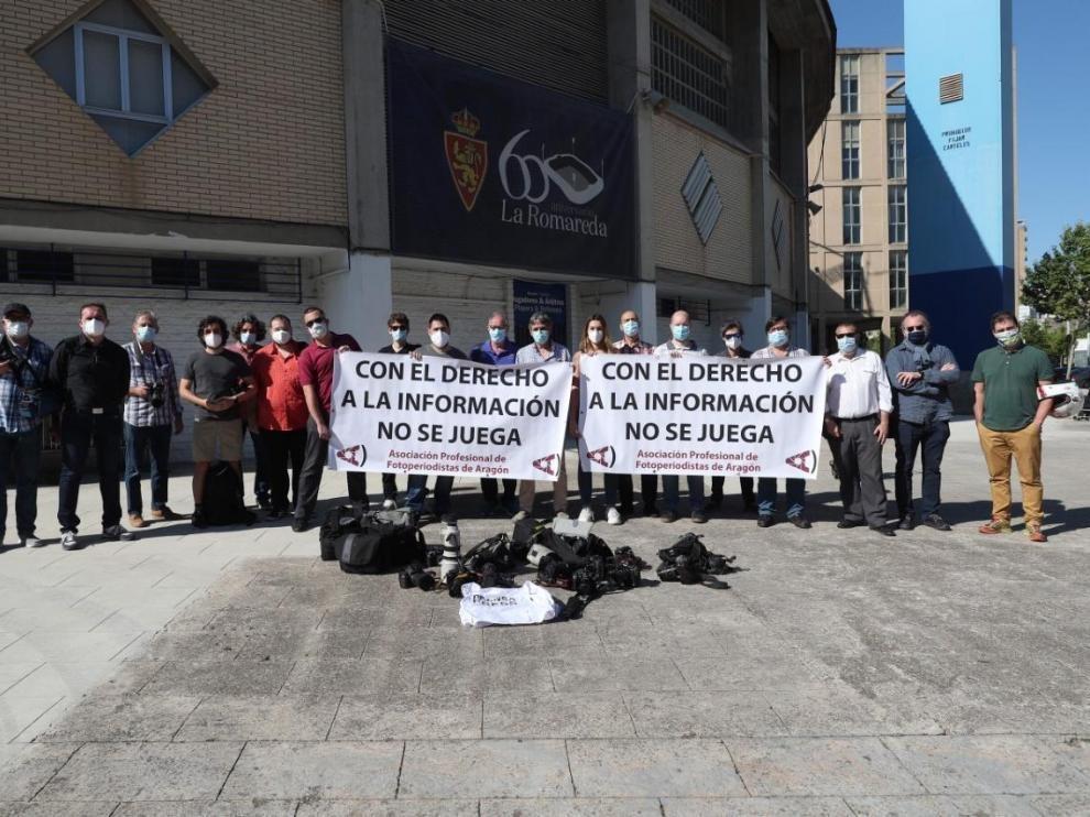Los fotoperiodistas aragoneses reivindican su derecho a informar