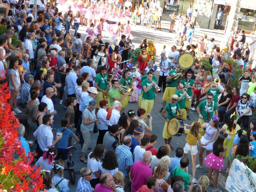 Los alcaldes de la comarca del Alto Gállego suspenden todas las fiestas