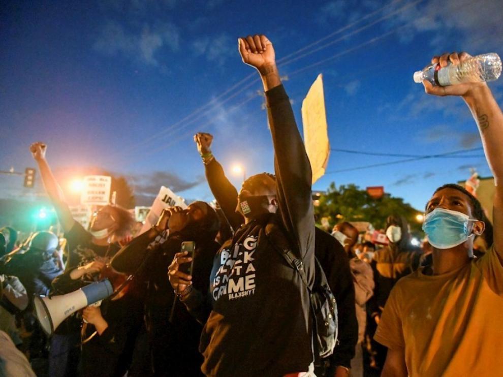 Los disturbios por la muerte de George Floyd se extienden