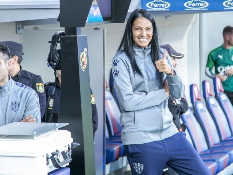 Verónica Rodríguez renueva al frente del Huesca femenino