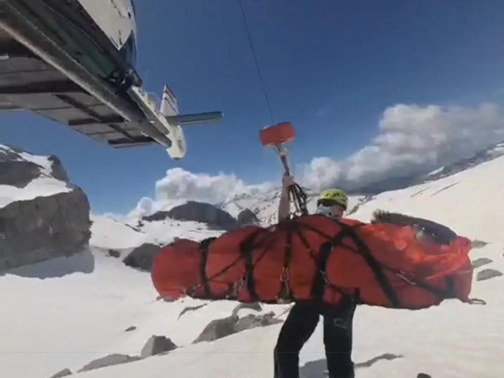 La Guardia Civil rescata a una pareja de montañeros franceses accidentados en el Parque de Ordesa
