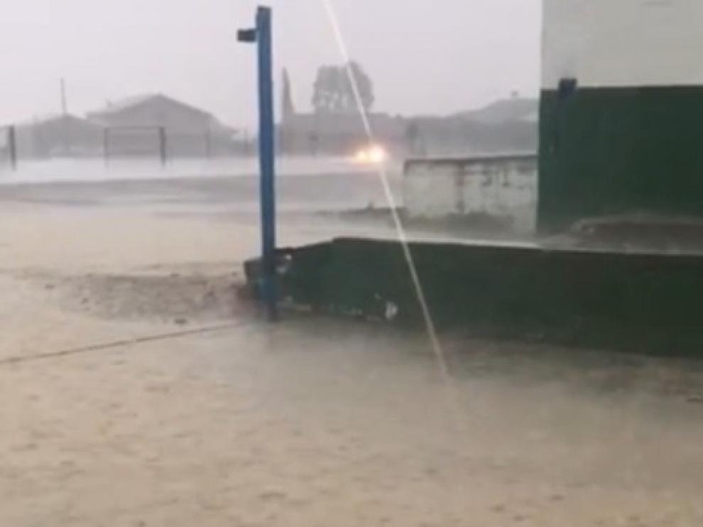 Lluvias fuertes con mucha agua en el tercio norte y en Monegros