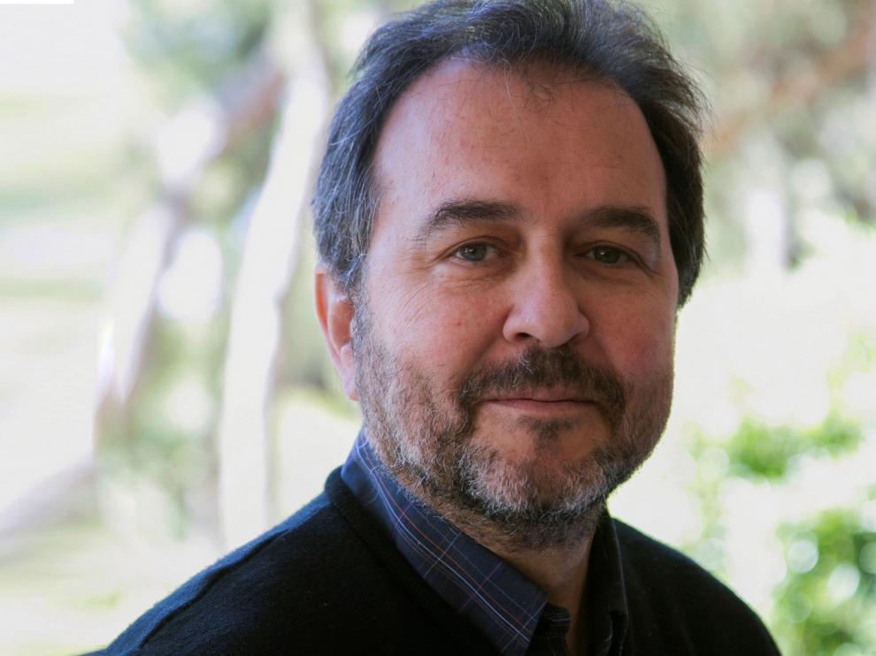 El epidemiólogo Antoni Plasència prevé brotes localizados más que una nueva oleada