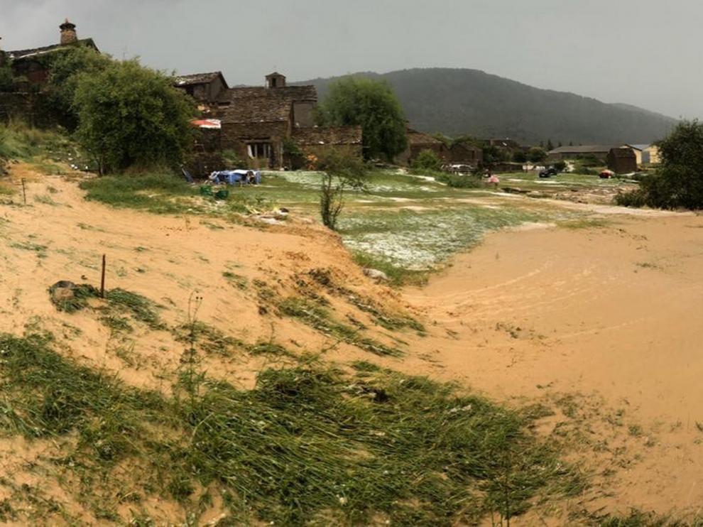 Graves daños en Botaya por la fuerte tromba de agua