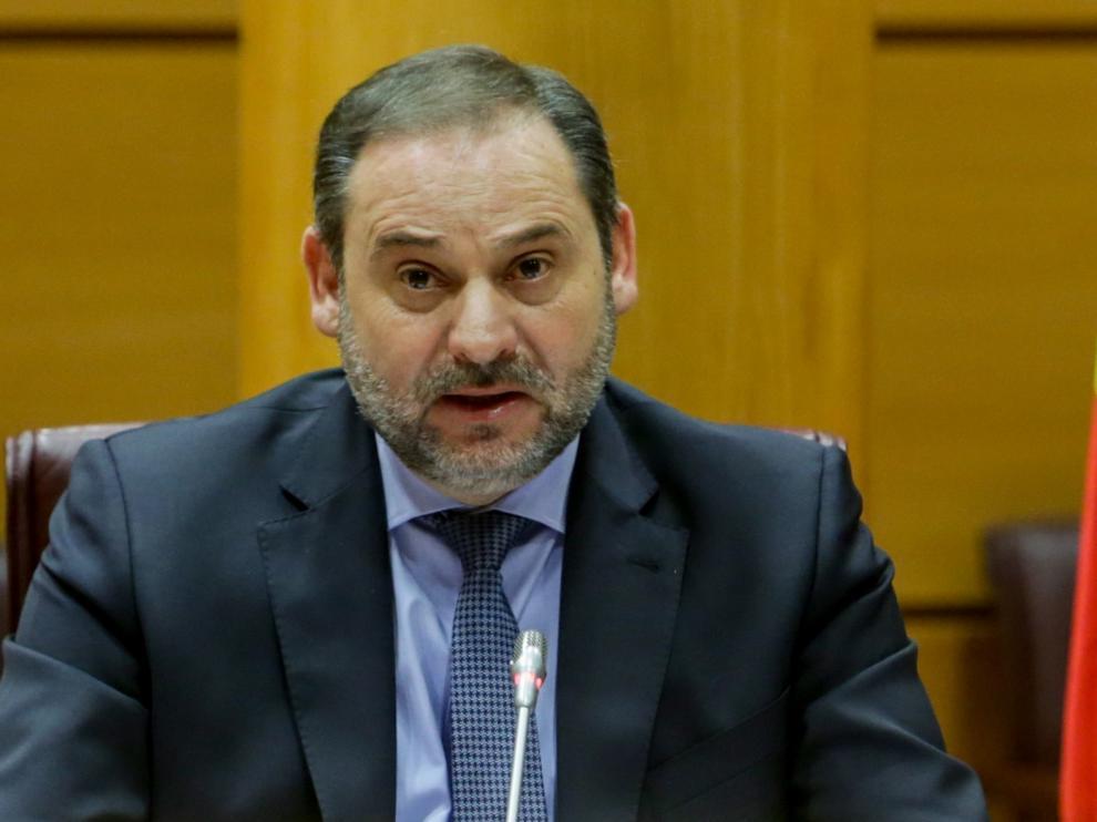 """Ábalos descarta a """"corto plazo"""" el Avlo, el AVE """"low cost"""" de Renfe"""