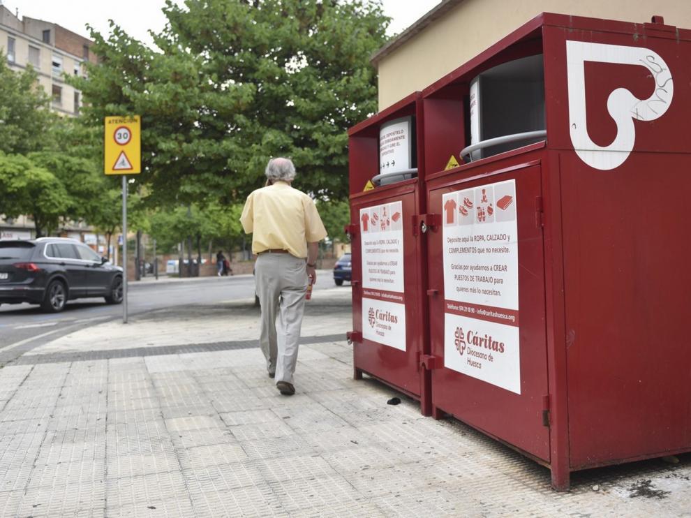 Carinsertas cierra temporalmente sus contenedores de ropa en las zonas rurales de la provincia de Huesca