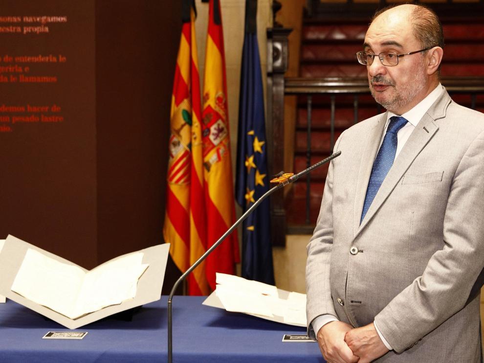 "Lambán pide a la ministra Ribera que se ""olvide"" de trasvases"