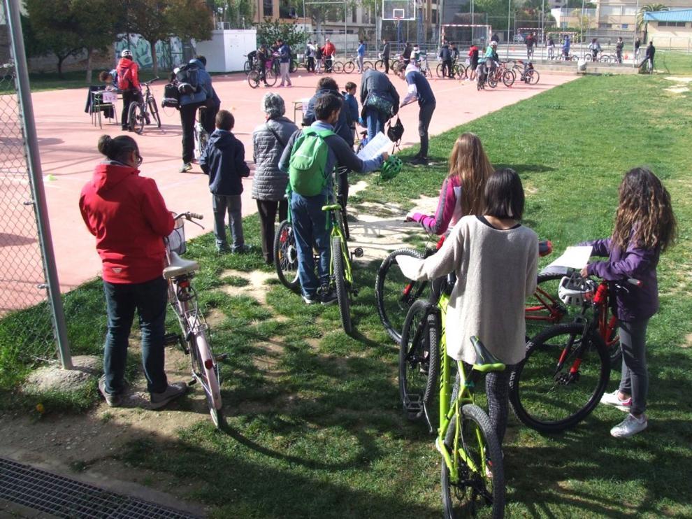 El fomento del uso de la bici para ir a clase, una necesidad en Huesca ciudad