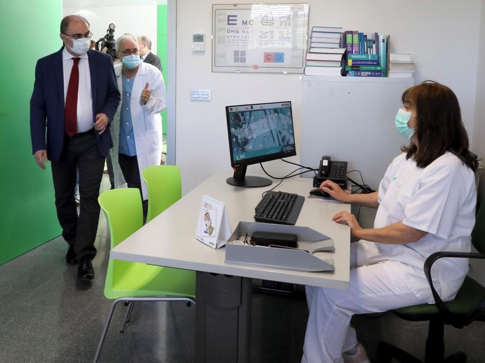 Los Olivos abre tras un año con las áreas de pediatría y extracciones