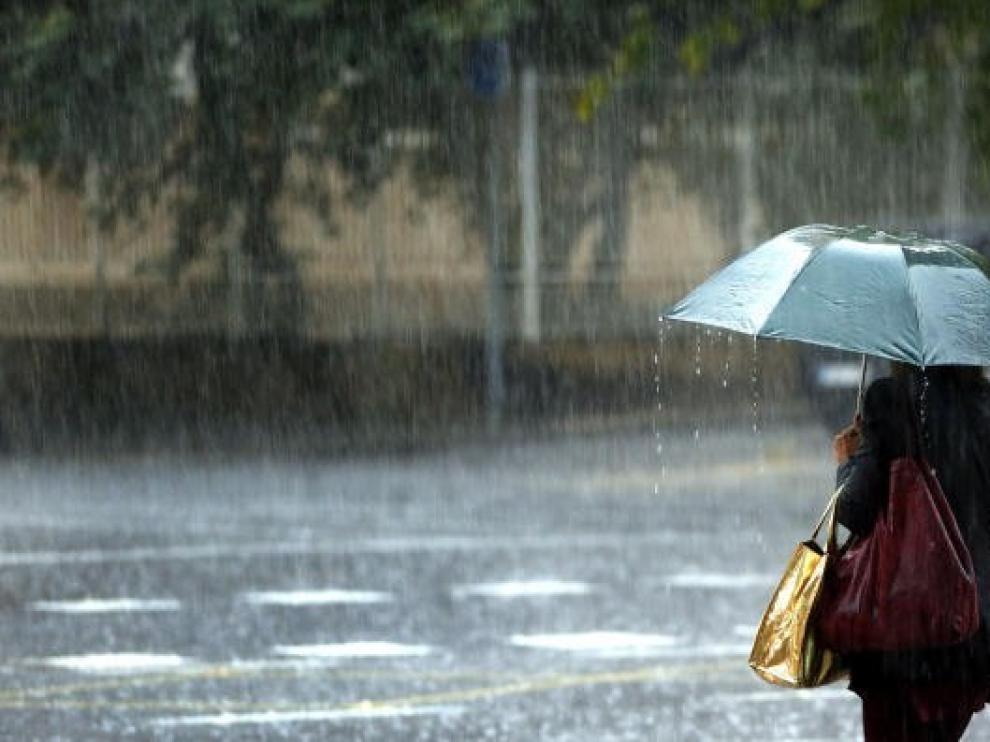 Precipitaciones localmente fuertes y persistentes en el norte de Aragón