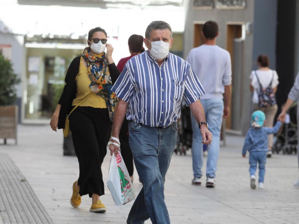 El Colegio de Médicos y el de Enfermería de Huesca advierten de que el coronavirus sigue presente