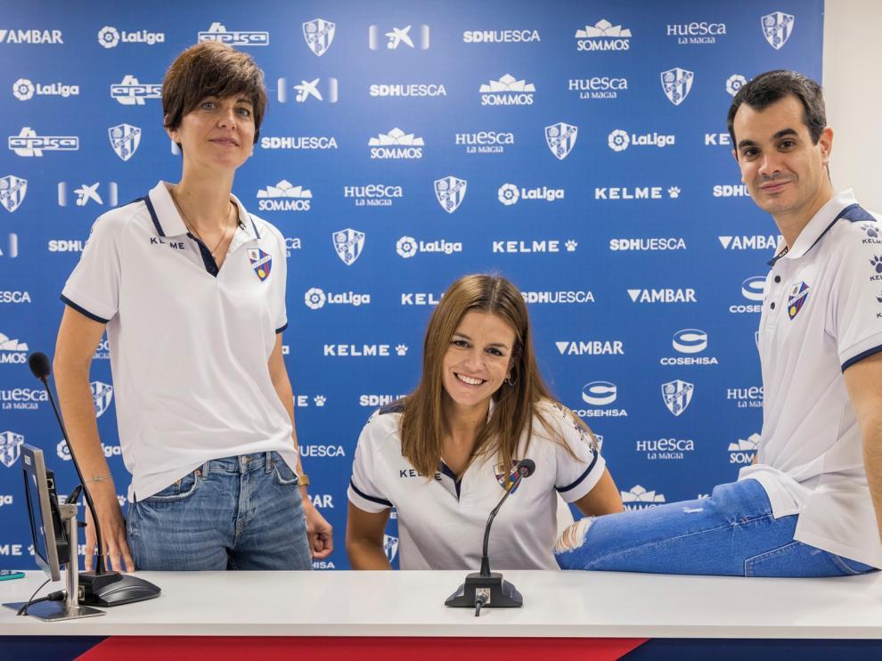 """Tres """"mosqueteros"""" que trabajan al otro lado de la trinchera en la SD Huesca"""