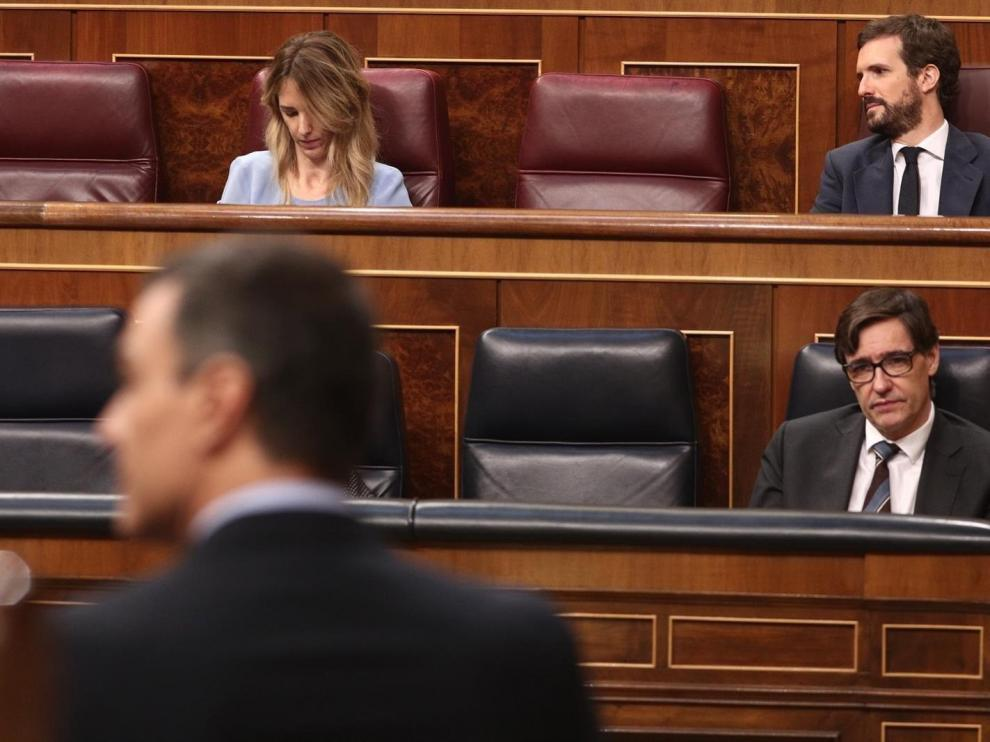 El CIS refuerza al PSOE y Podemos pero también al PP y castiga a Vox y Cs