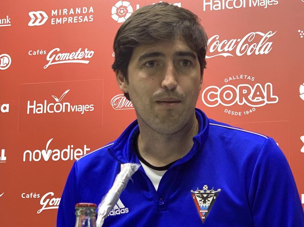 """Andoni Iraola: """"El Huesca mete mucho ritmo"""""""