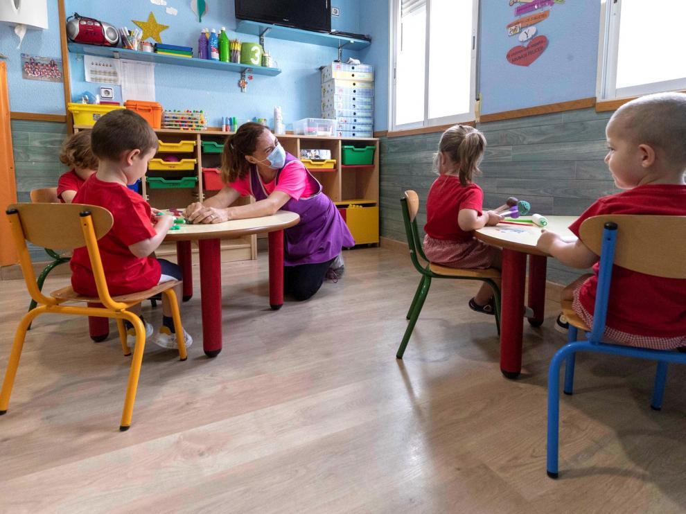 El sector de Educación Infantil urge medidas para mantener los centros y empleos