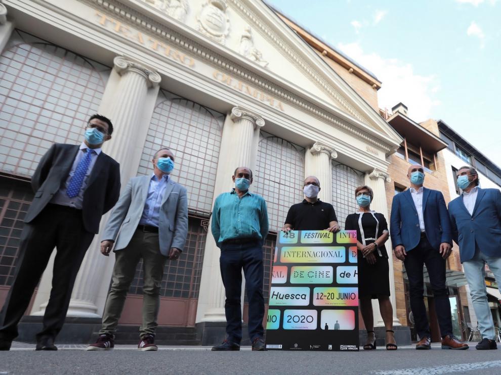 Patrocinadores y autoridades apoyan al certamen oscense