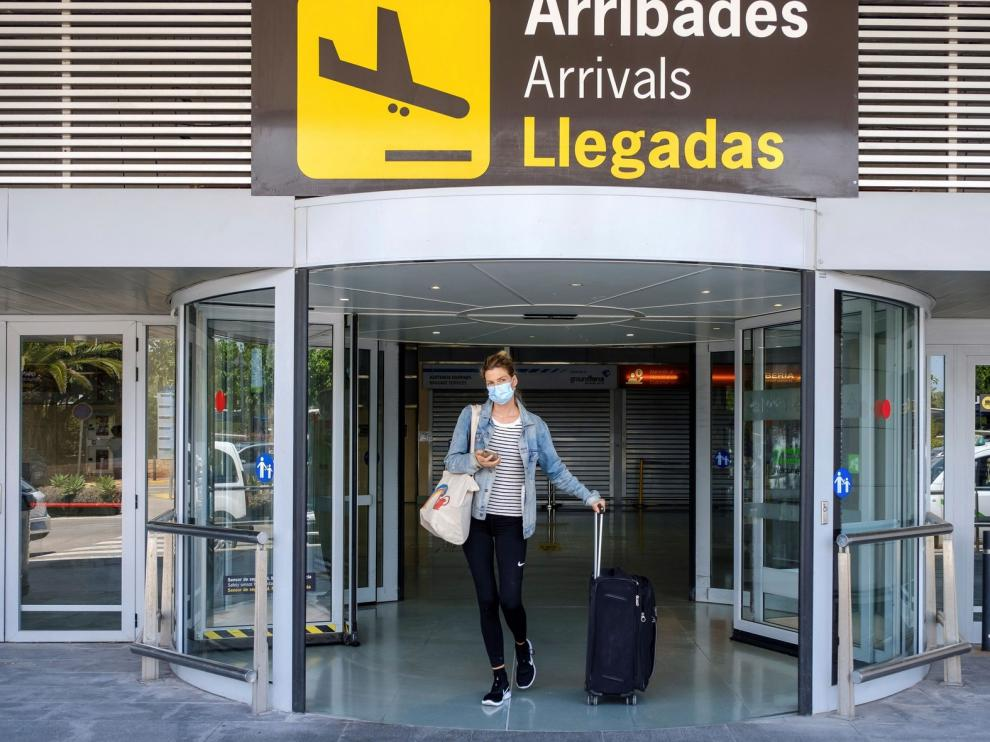 """Madrid ve """"insuficientes"""" los controles en aeropuertos"""