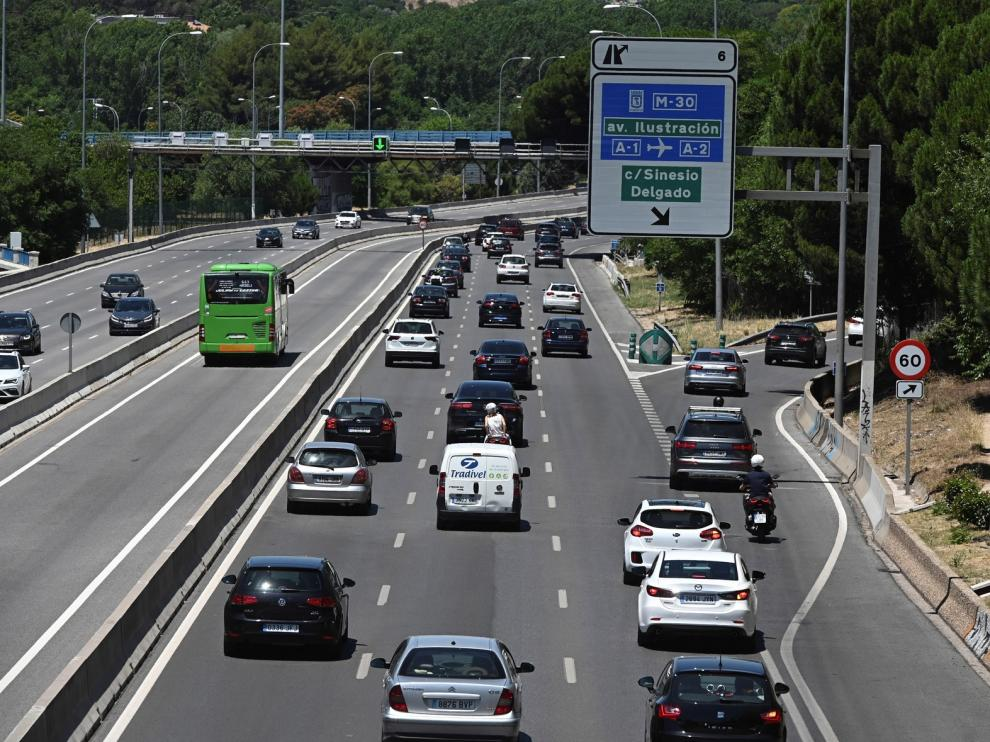 Sin atascos en las carreteras españolas durante la primera mañana de nueva normalidad