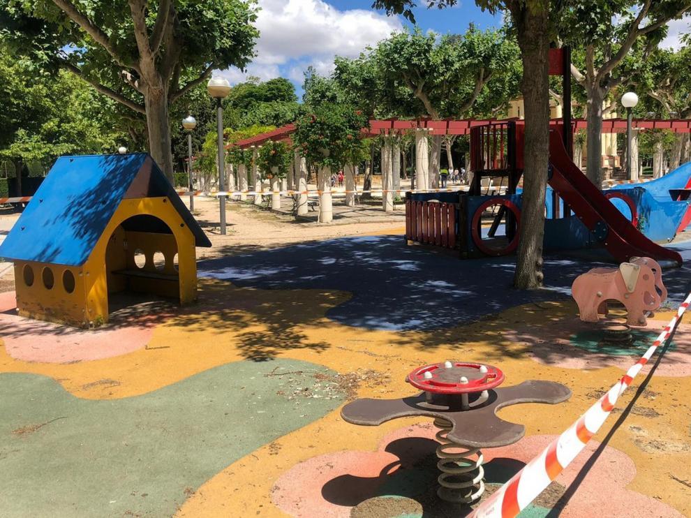 El ayuntamiento de Huesca anuncia que el martes abren de nuevo las zonas de juego infantiles