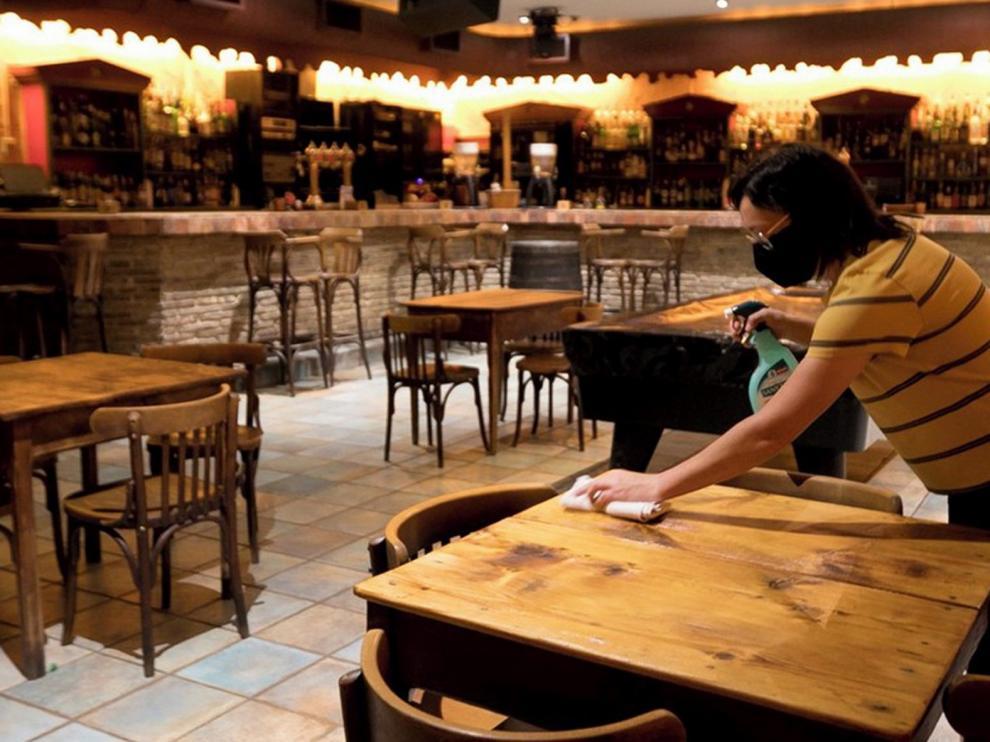 Los bares de copas de Huesca reabren poco a poco y los resultados no son muy halagüeños