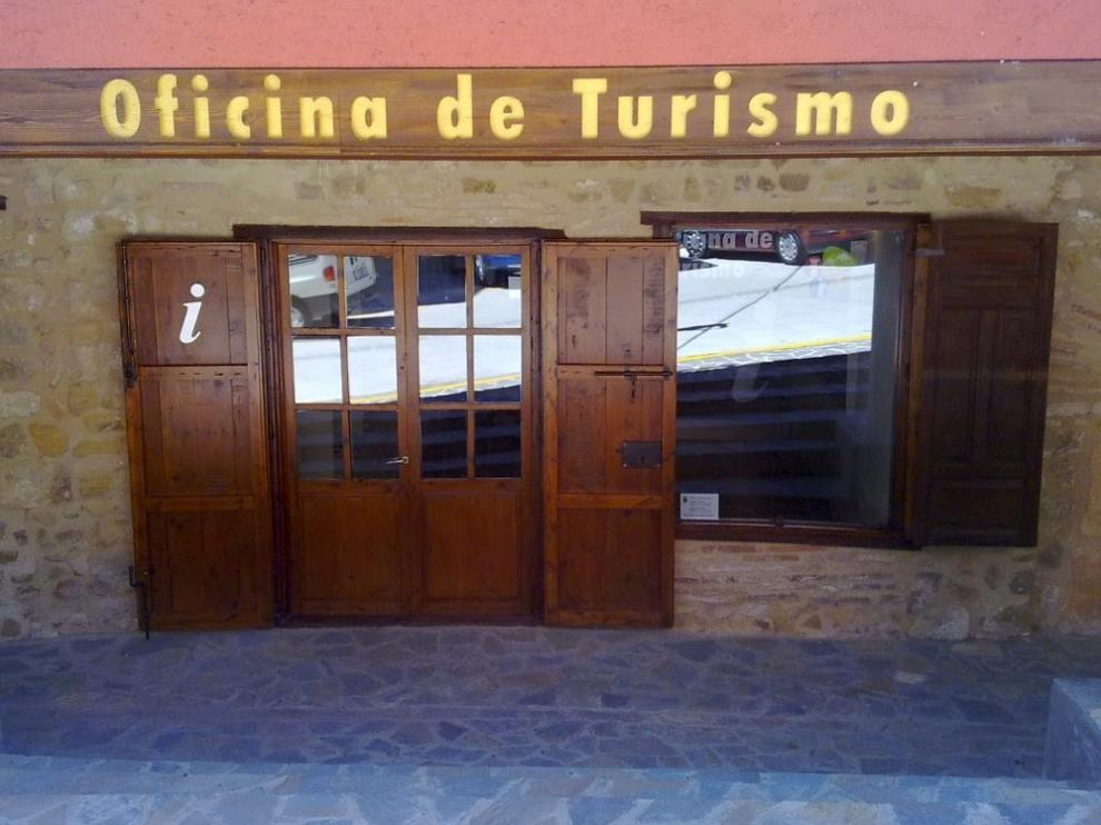 Benabarre abre la oficina de turismo y el punto de atención del castillo