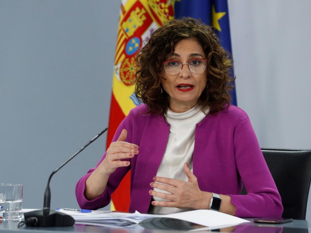 Montero aclara que el Gobierno no prevé otro estado de alarma a corto o medio plazo salvo un cambio drástico en la pandemia
