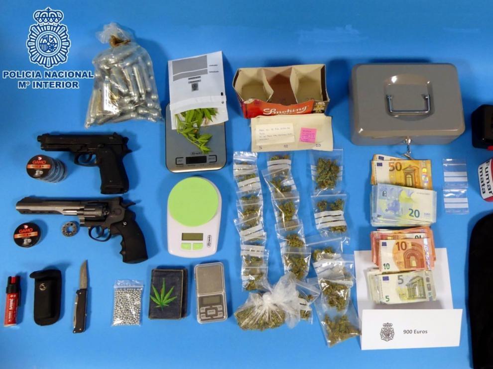 Desmantelan un punto de venta de marihuana en Huesca regentado por dos jóvenes de 18 y 17 años