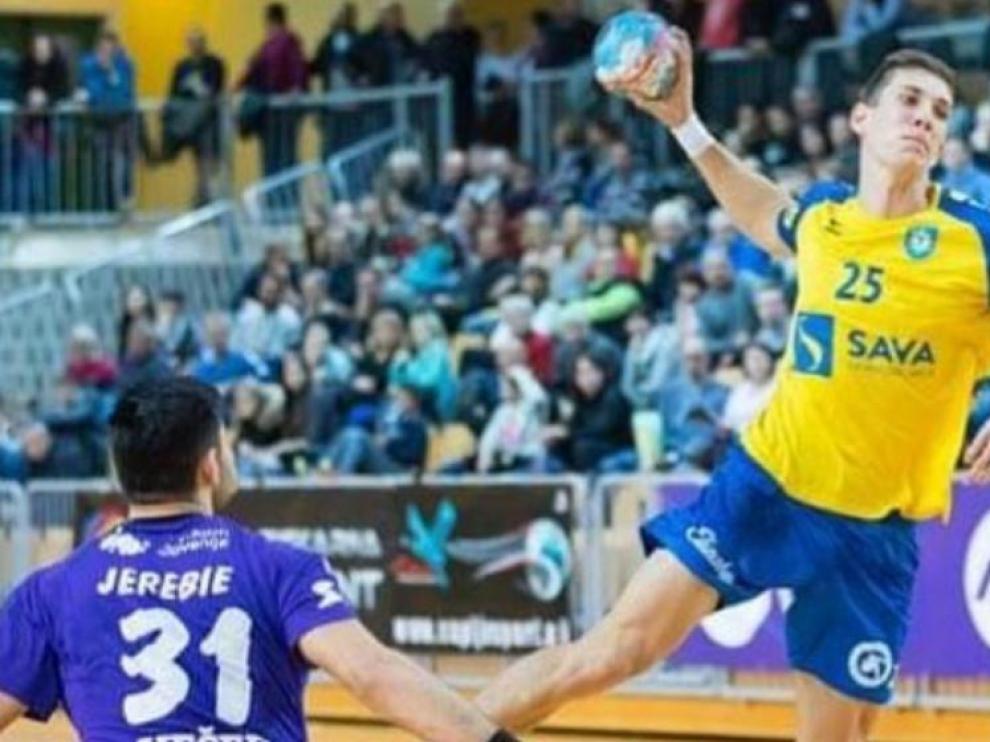 Gucek, un pilar defensivo esloveno para Bada Huesca