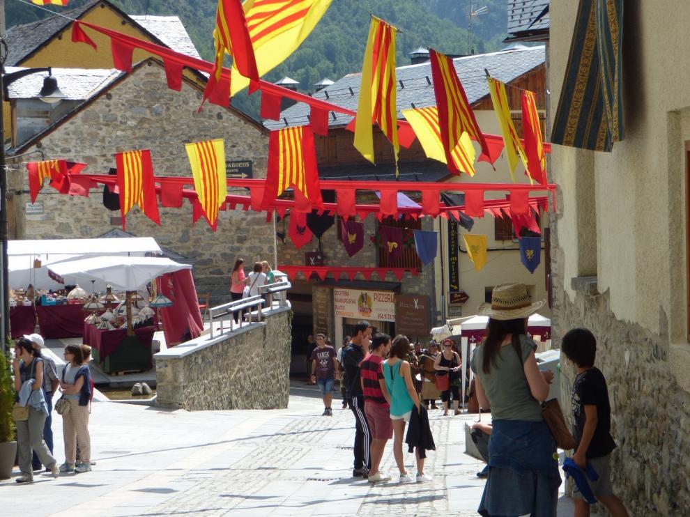 Panticosa se queda este año sin su animado mercado medieval