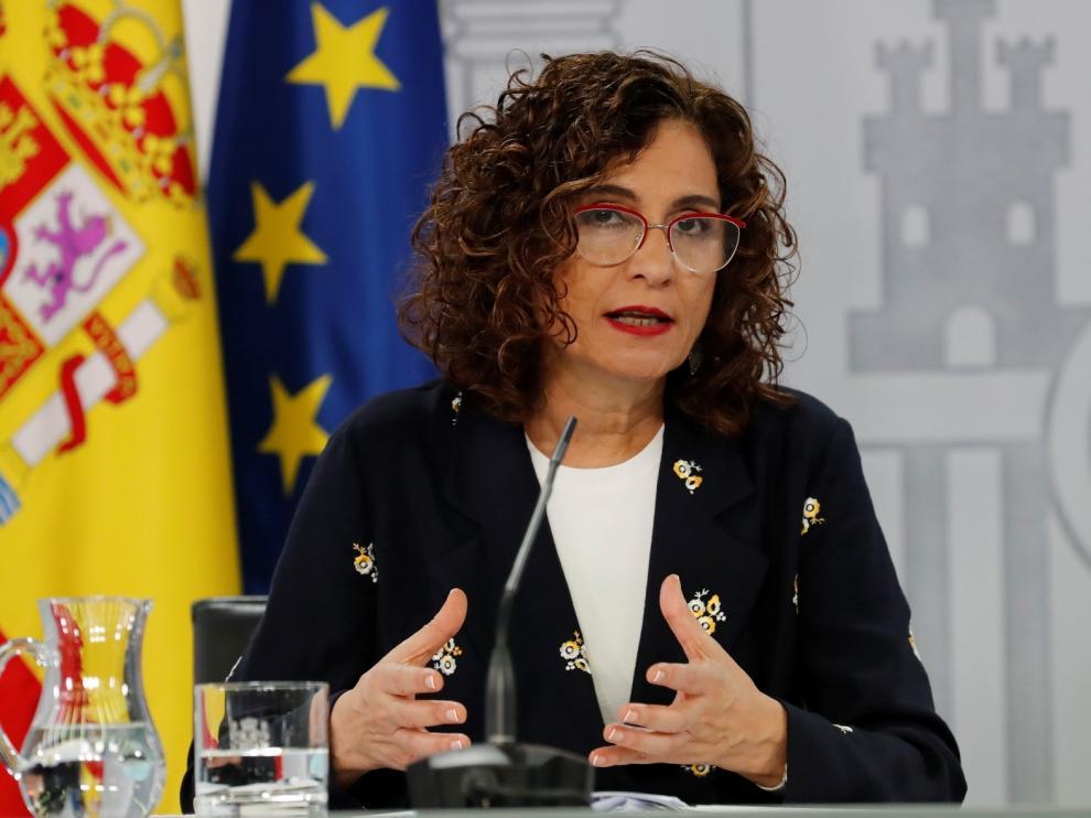 Montero expresa la disposición del Gobierno a pactar con el PP